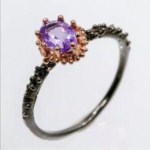 Jewelry - Beautiful amethyst ring size 8.75